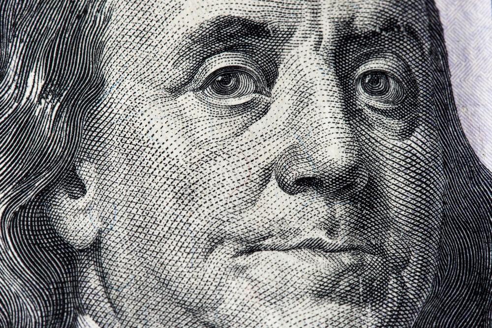 benjamin on a 100 dollar bill